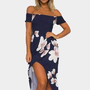 Dresses & Skirts - Floral off shoulder midi dress